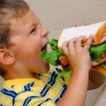 mangiare-poco-bambini--300x199